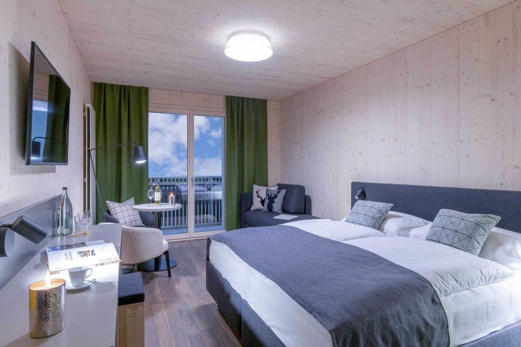 Hotelzimmer im Holzdesign